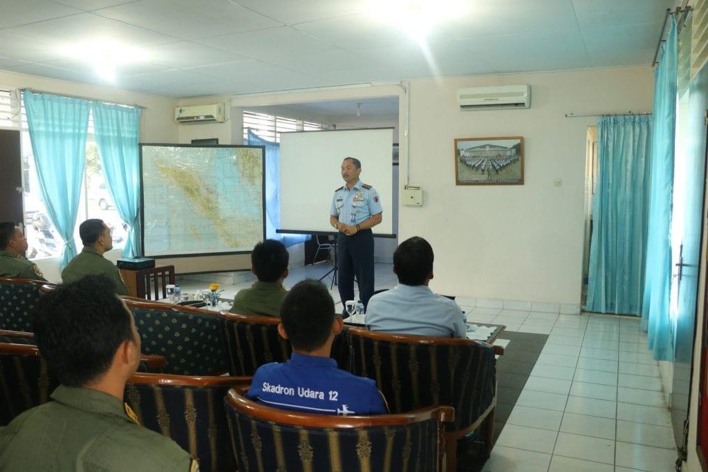 Danlanud Soewondo Pimpin Briefing Penerbangan
