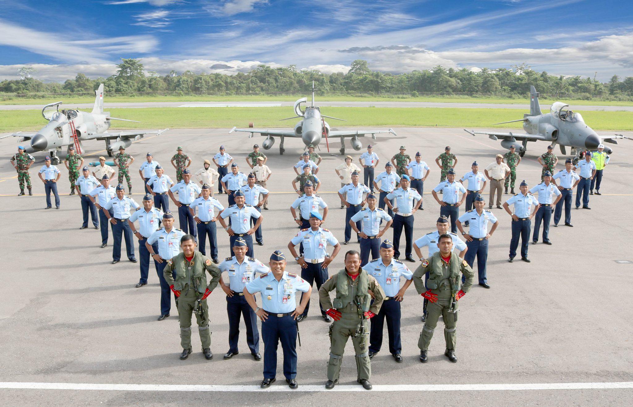 Satu Flight Pesawat Tempur Hawk 200 Singgah di Lanud Haluoleo
