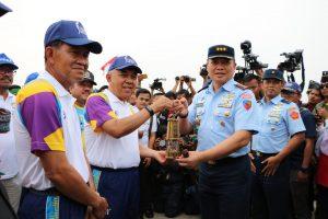 6 Pesawat Tempur Lanud Roesmin Nurjadin sambut Api Asean Games XVIII 2018