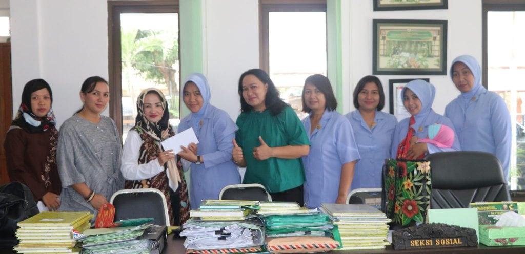 PIA AG Cabang 5 /D II Lanud I Gusti Ngurah Rai Beri Bantuan Korban Bencana Gempa Lombok