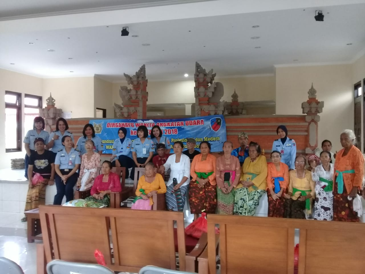 Anjangsana ke Panti Sosial Tresna Werda Wana Seraya