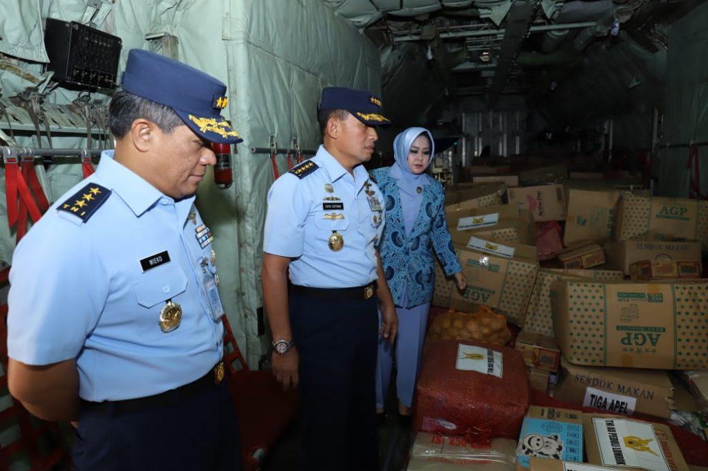 Peduli Gempa Lombok, TNI AU Terbangkan 80 Ton Bantuan