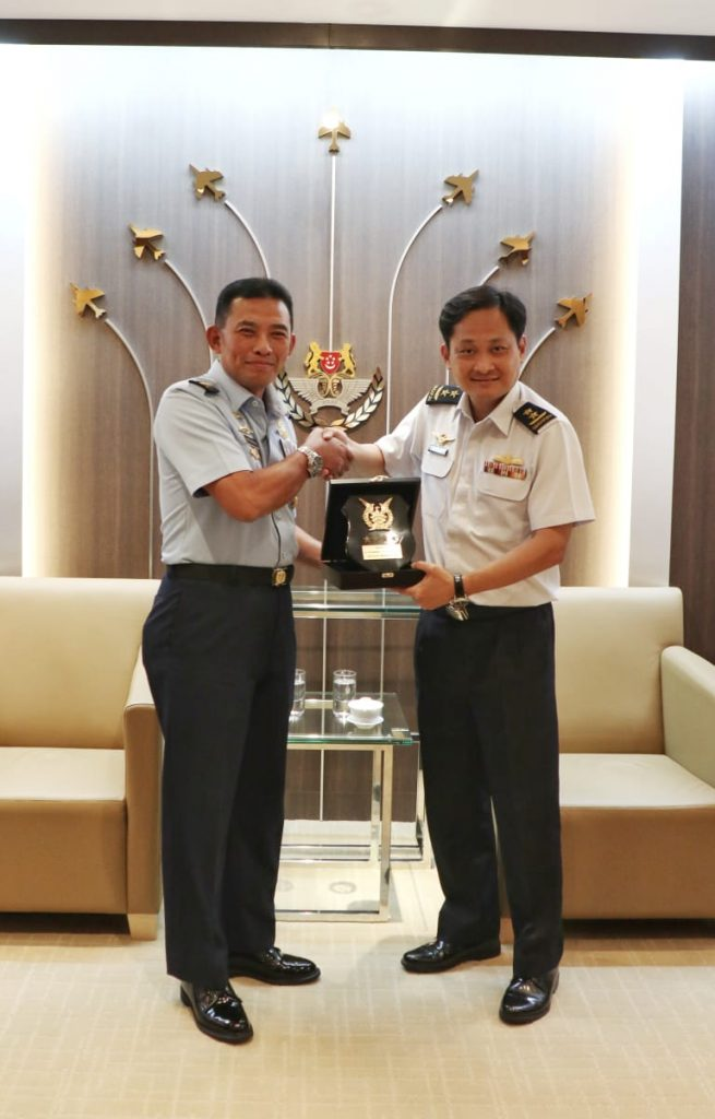 TNI AU dan RSAF Jajaki Pelatihan Piilot UAV