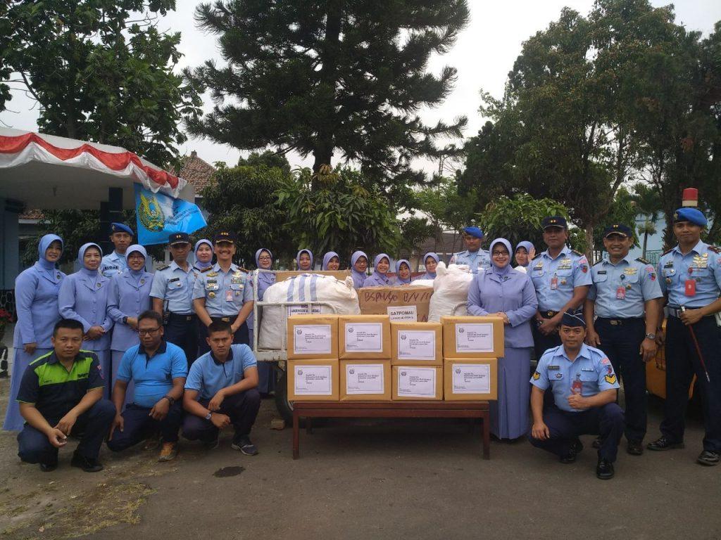 Lanud Husein Sastranegara dan PIA Ardhya Garini Peduli Gempa Lombok