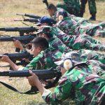 Asah Ketrampilan Menembak Personel Lanud Husein Sastranegara Adakan Latihan