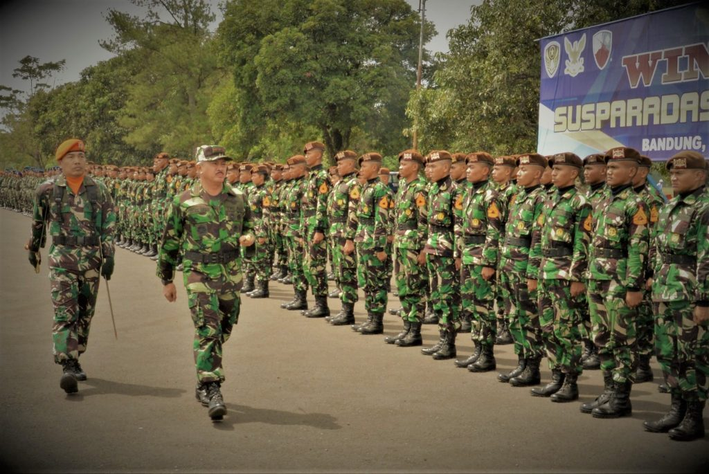 Siswa Susparadas A-184 Raih Brevet Paradas di Lanud Sulaiman