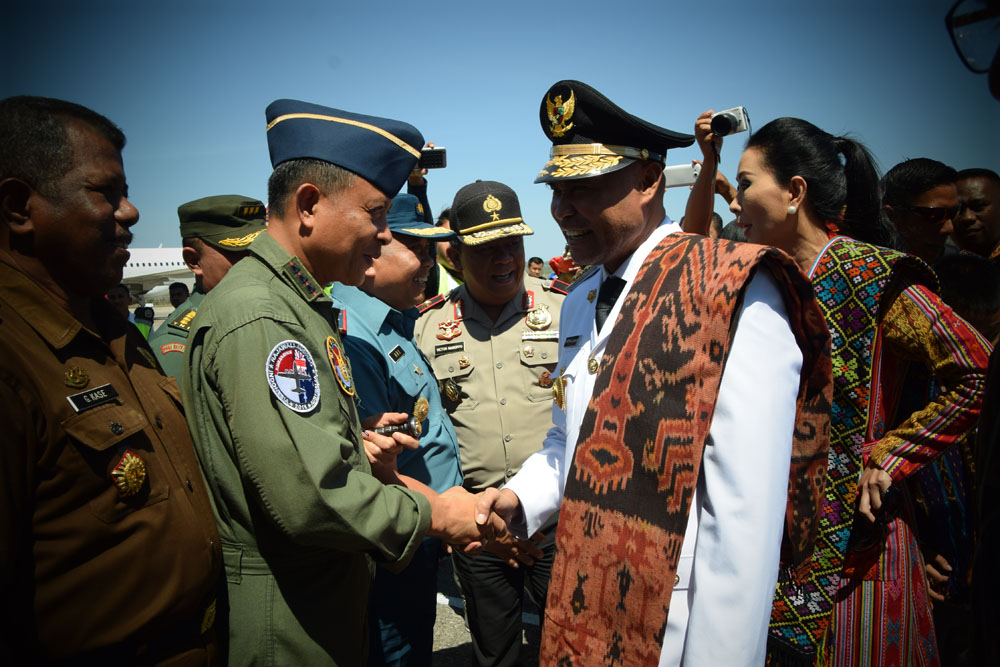 Latma Rajawali Ausindo Anjangsana di Panti Asuhan