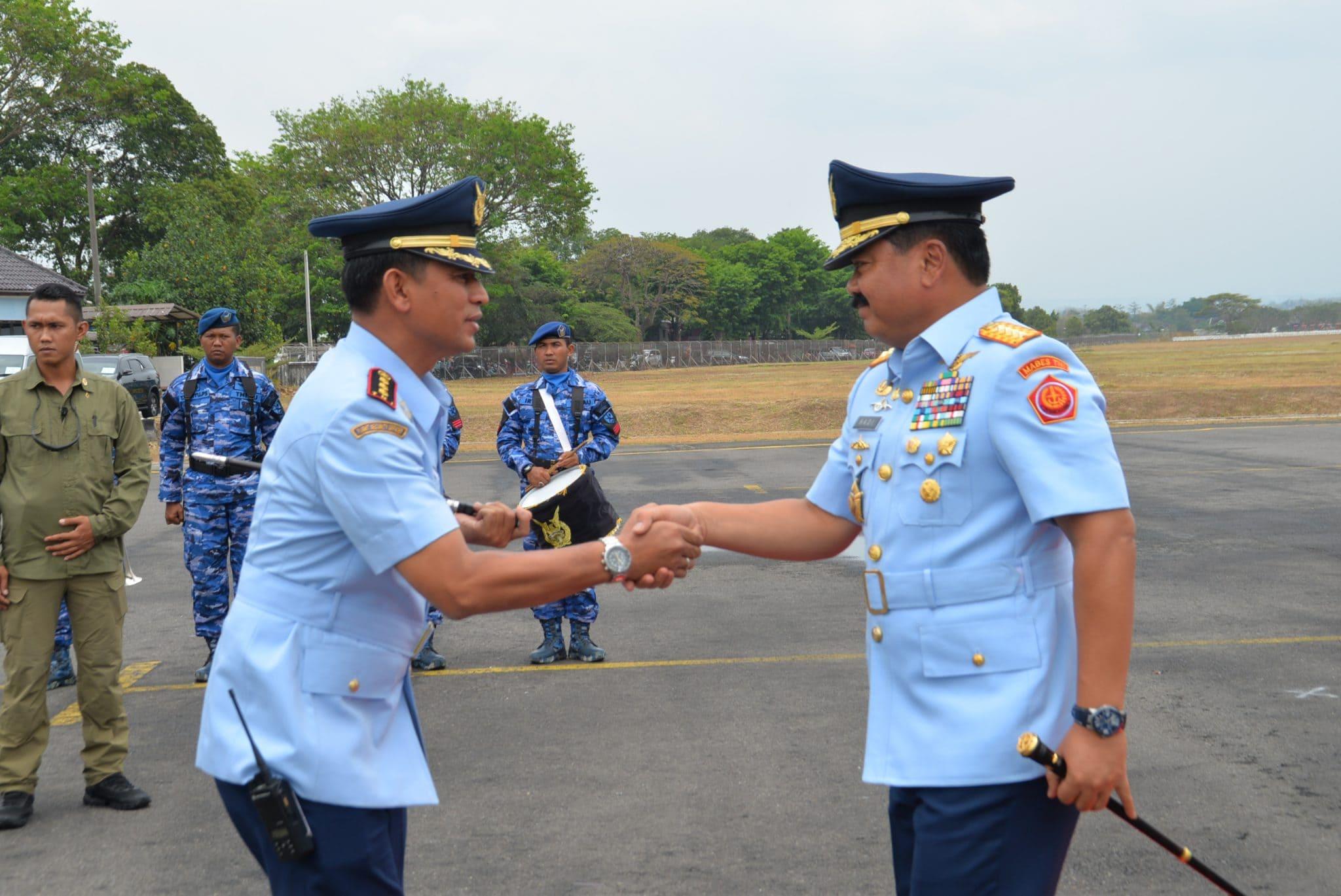Danlanud Adi Soemarmo Sambut Kedatangan Panglima TNI