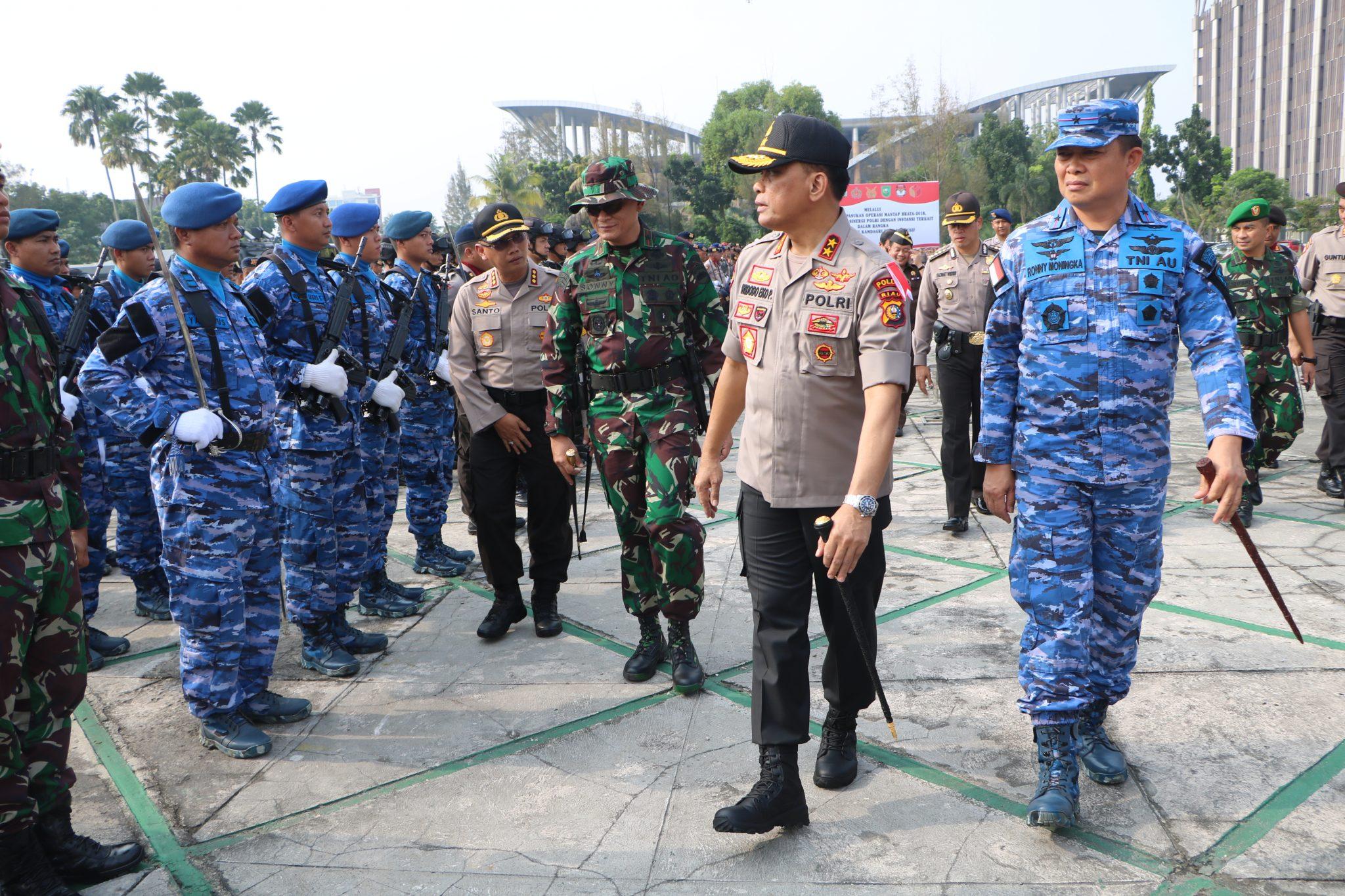 Danlanud Rsn Hadiri Apel Gelar pasukan Pengamanan Pemilu Tahun 2019