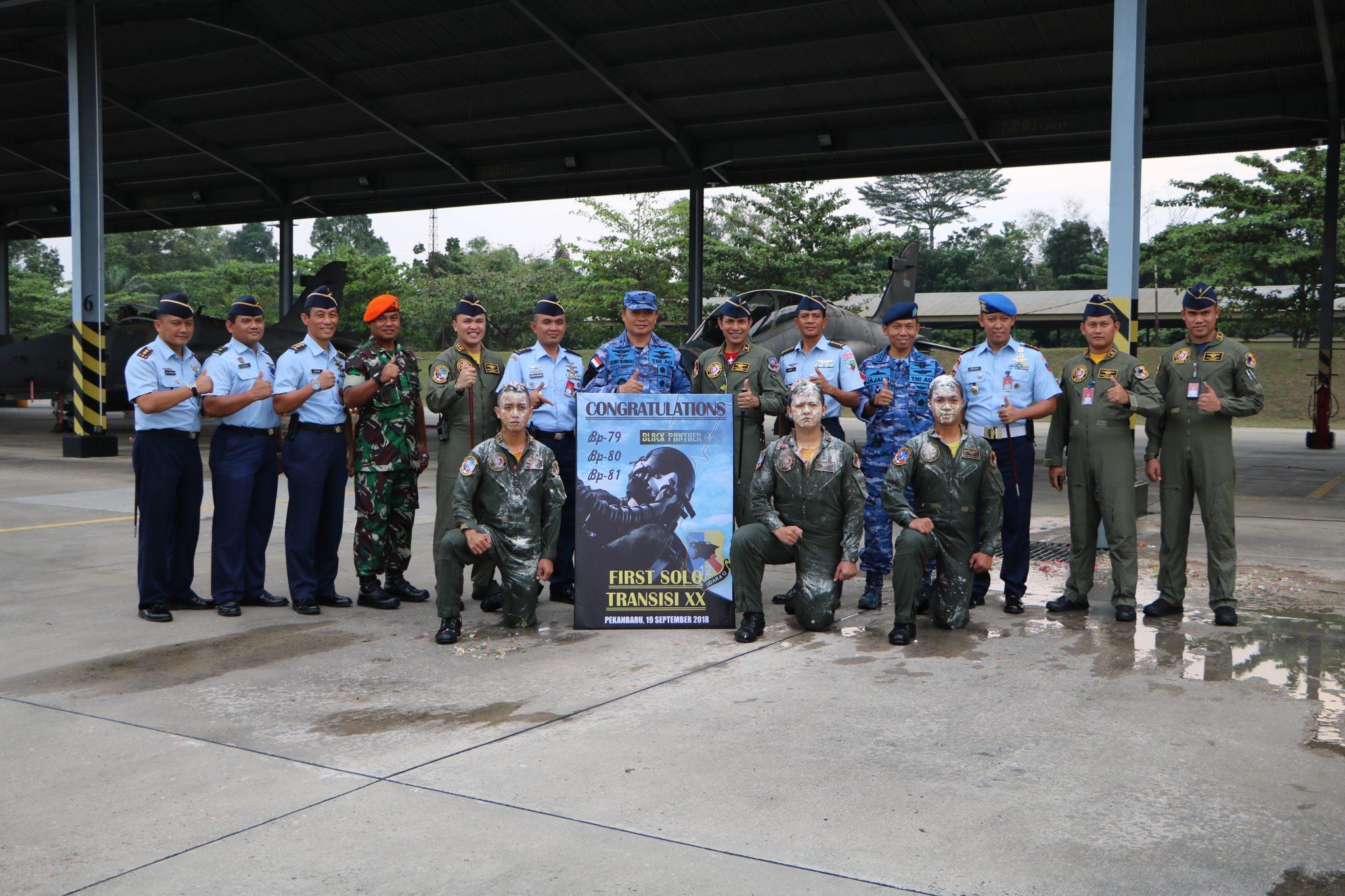 Lanud Rsn Kembali Lahirkan Tiga Penerbang Tempur Hawk 100/200