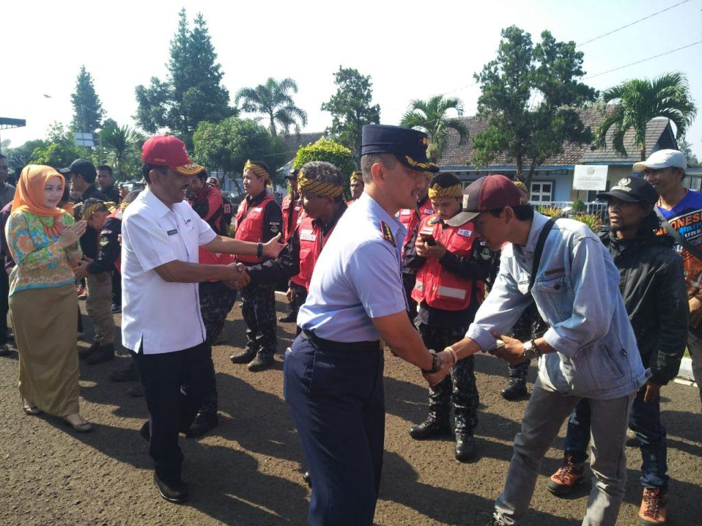 Danlanud Husen S. Bantu Berangkatkan Relawan Jawa Barat ke Palu