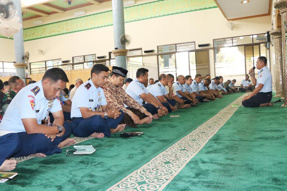 Jelang HUT ke-73 TNI, Lanud Abd Saleh Gelar Doa Bersama