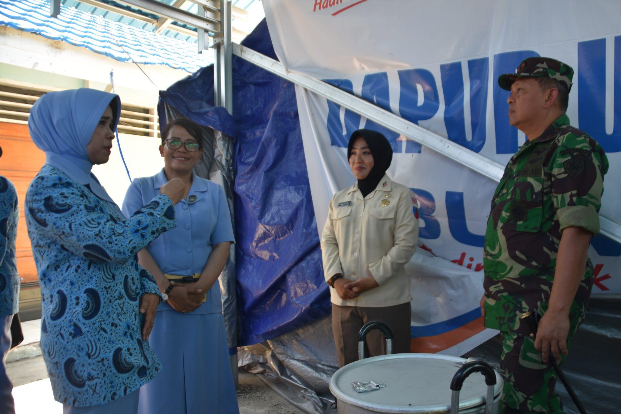 Pangkoopsau II Kunjungi Korban Gempa Palu