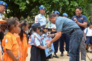 Senam Lalin TK dan SMP Angkasa Lanud El Tari