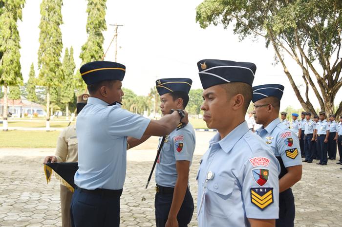 Lanud Pangeran M Bun Yamin Melaksanakan Upacara Hari Kesaktian Pancasila serta Apel Khusus Kenaikan Pangkat.