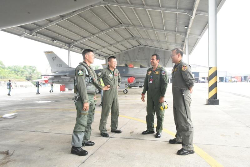 Danlanud Rsn Menerima Kedatangan 6 Pesawat Tempur RSAF