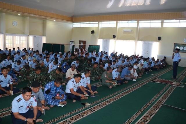 Doa Bersama di Lanud Roesmin Nurjadin