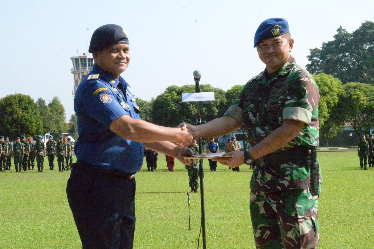 Latihan SAR Udara Melatih dan Mempersiapkan Fisik