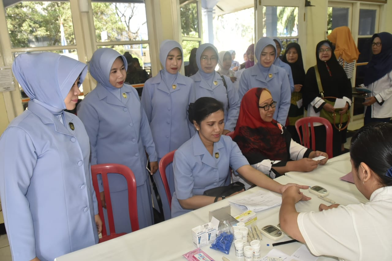 PIA AG Lanud SMH Adakan Pemeriksaan Pap Smear Dan Pengobatan Gratis Sambut HUT PIA AG Ke 62