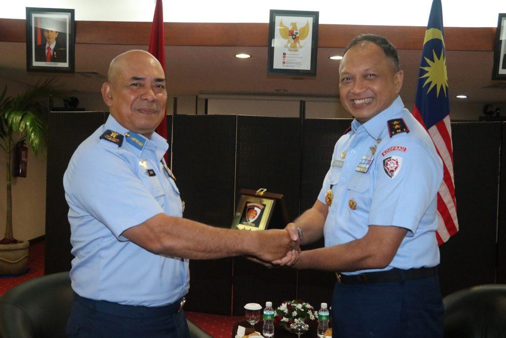 Pangkoopsau II Menerima Kunjungan Kehormatan Pangwilud 2 TUDM