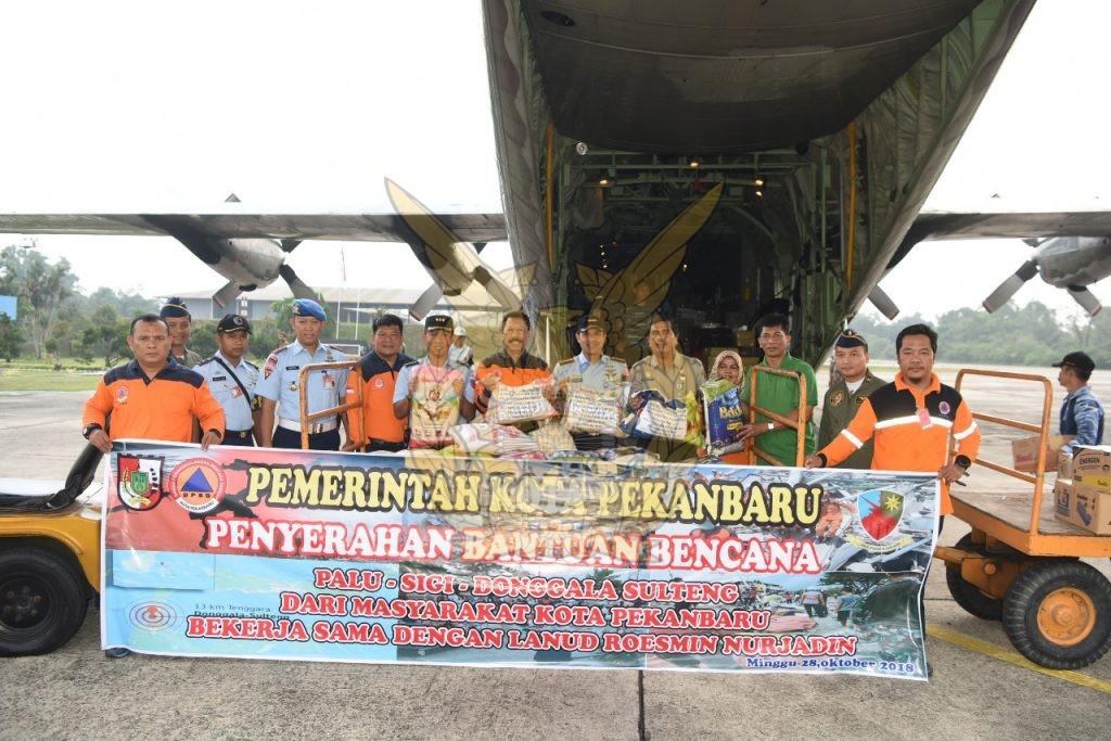 8,9 Ton Bantuan Untuk Palu Dikirimkan Melalui Lanud Roesmin Nurjadin