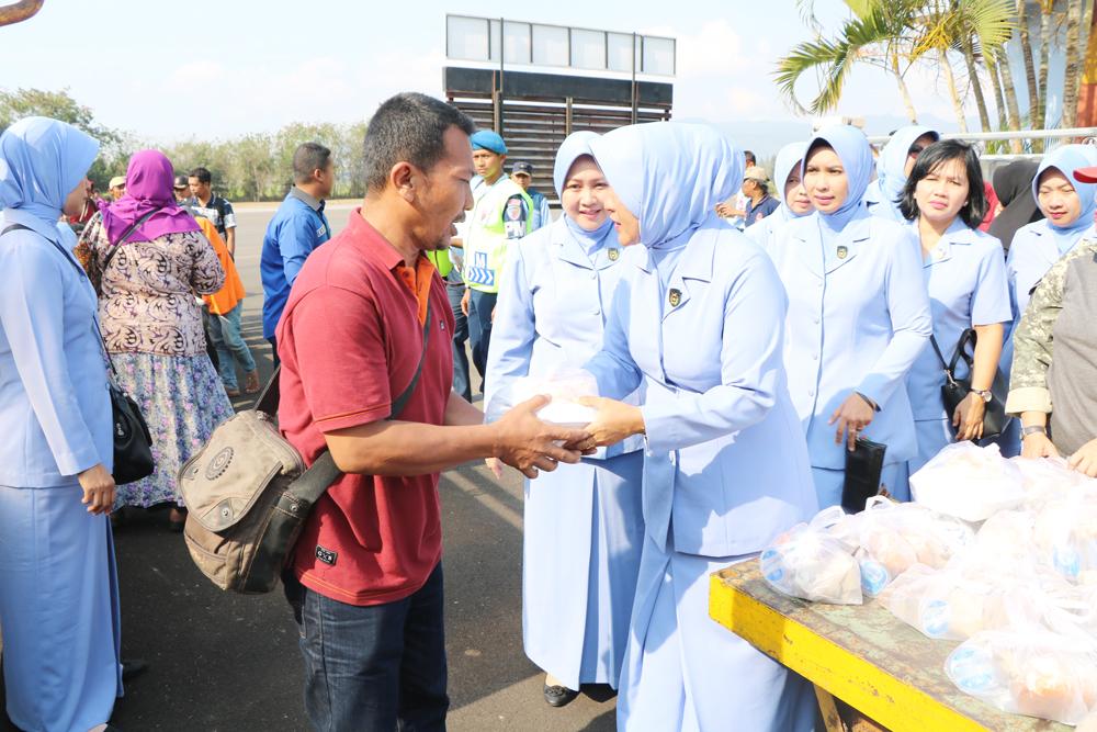 PIA AG Lanud Abdulrachman Saleh Peduli Palu
