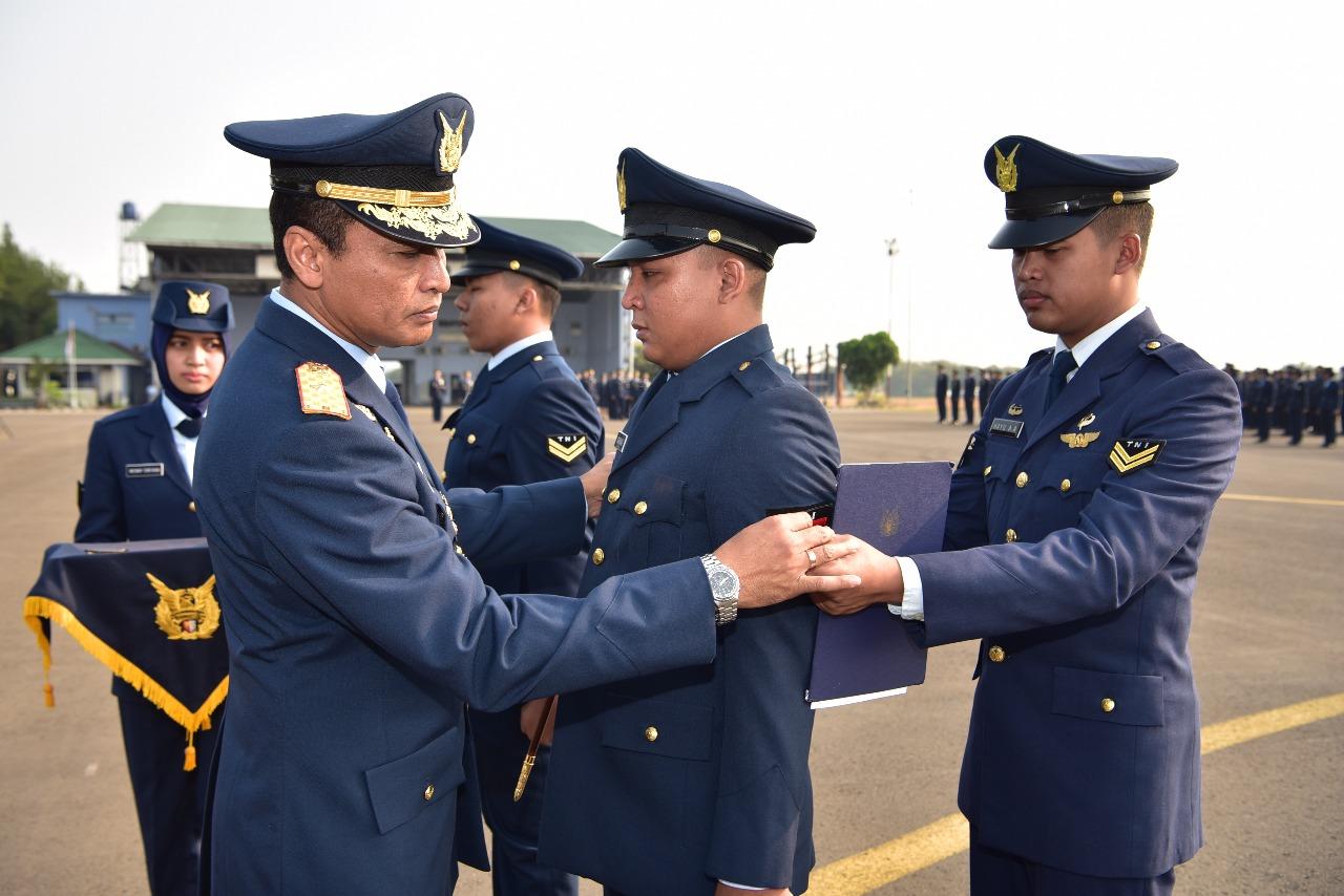 147 Anggota Lanud Halim P. Naik Pangkat Setingkat Lebih Tinggi