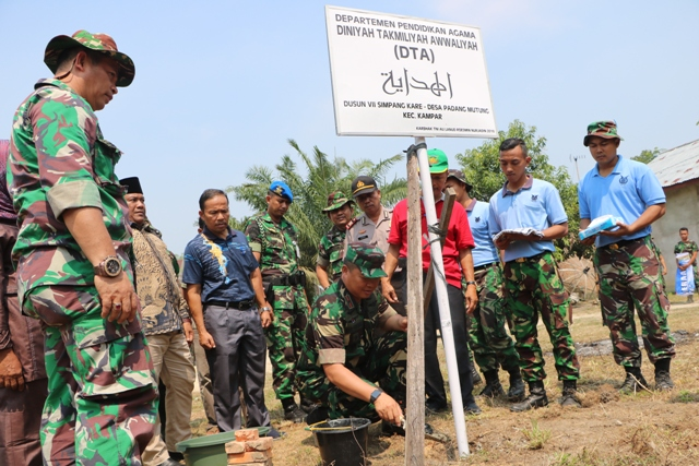 Lanud Rsn Gelar Karya Bakti dalam Rangka HUT ke-73 TNI
