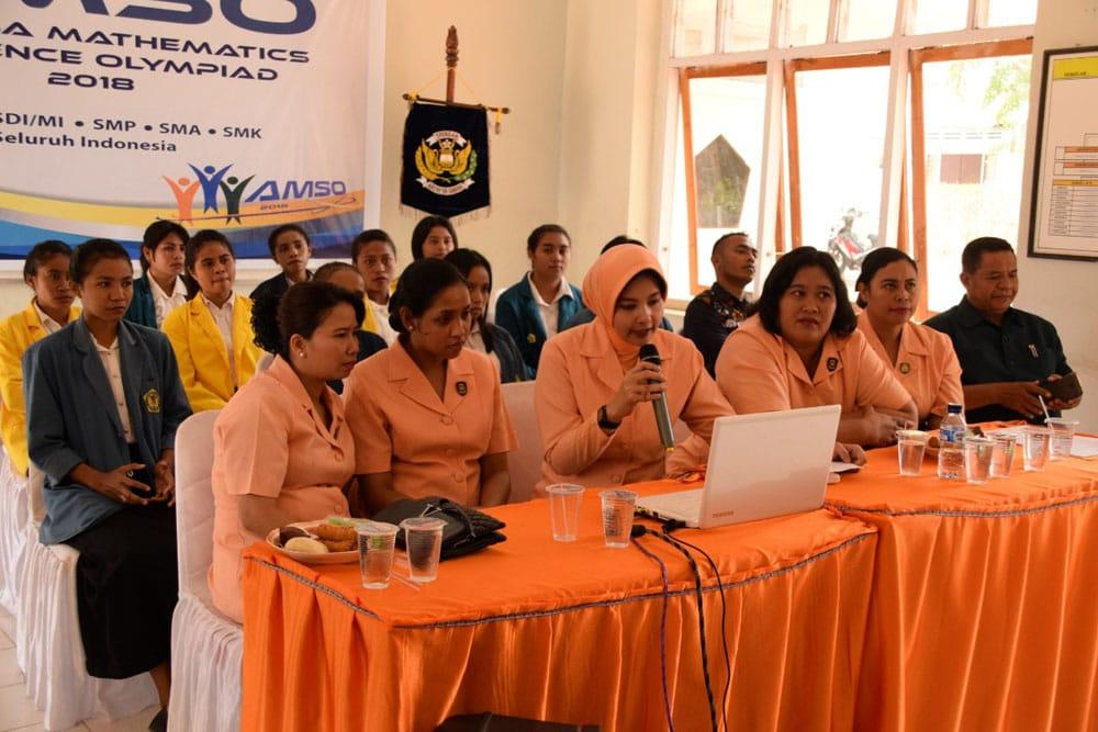 Yasarini Cabang Lanud El Tari Bersama SMP Angkasa Menggelar AMSO