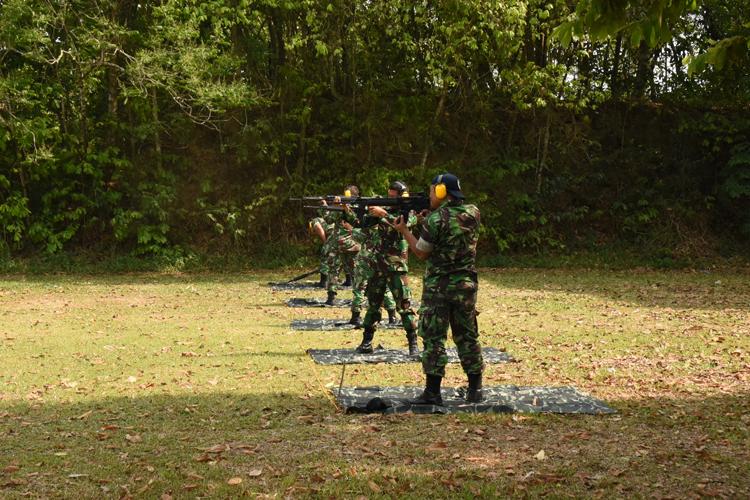 Lanud Pangeran M Bun Yamin Melaksanakan Kegiatan Latihan Menembak.