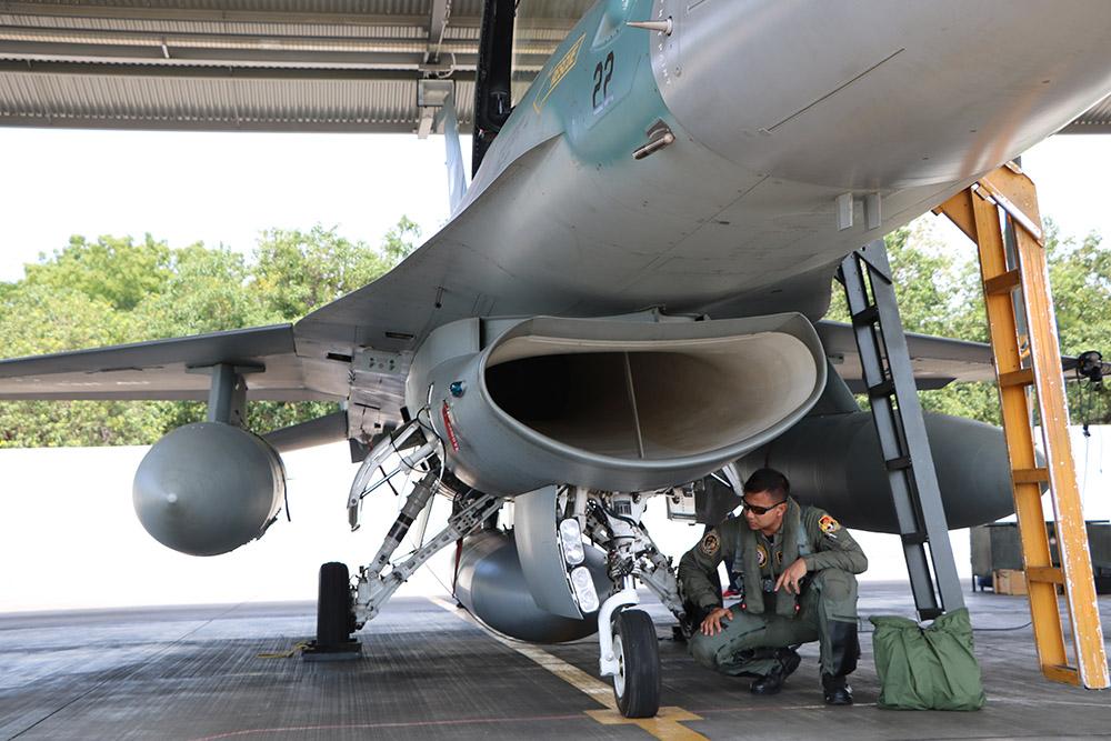 Lanud Iwj siagakan lima jet tempur selama Pertemuan IMF-WB di Bali