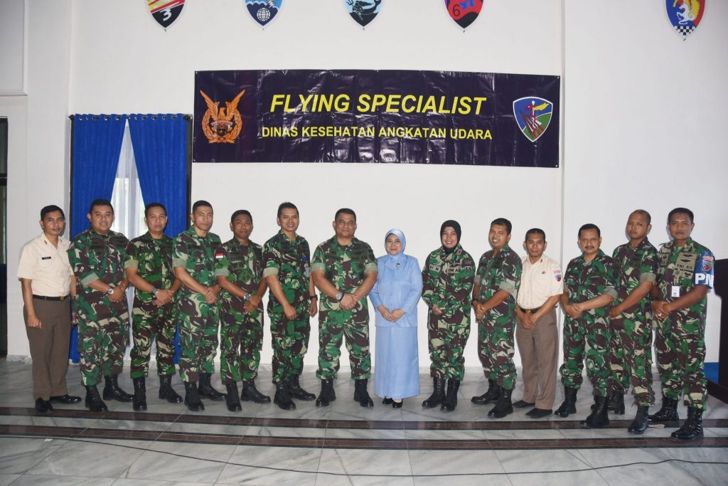 Lanud Haluoelo Menerima Kedatangan Tim Flying Specialist Dinas Kesehatan Angkatan Udara