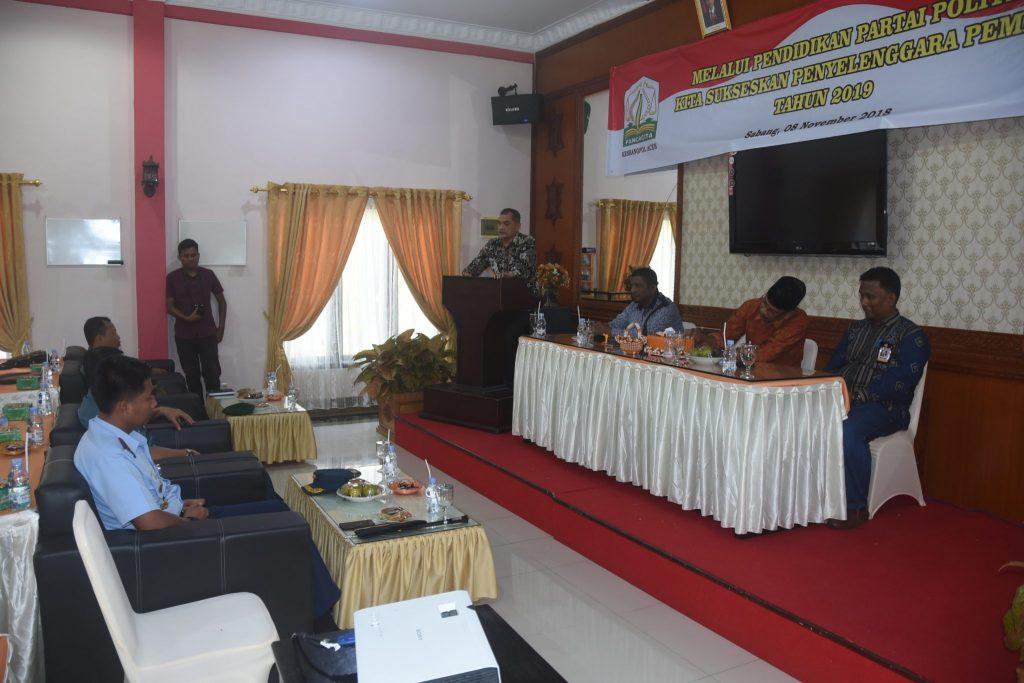 Komandan Lanud Maimun Saleh Menghadiri Pembukaan Pendidikan Partai Politik Dalam Menyuksekan Pemilu 2019