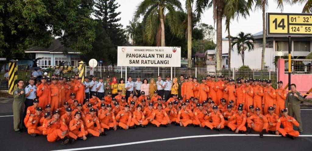 Latihan Cakra Wahana Paksa Taruna AAU di Lanud Sam Ratulangi
