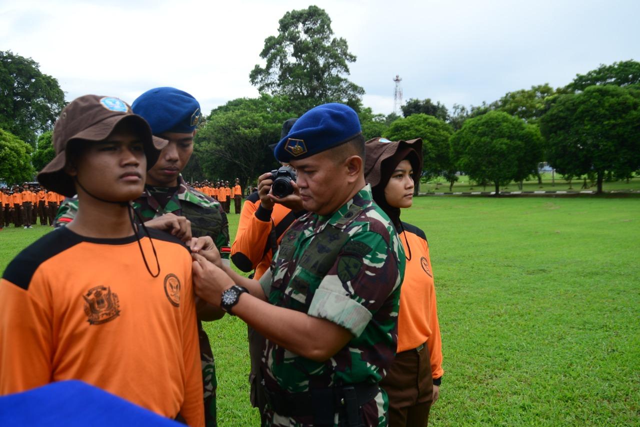 Kadisops Lanud Atang Sendjaja Buka Latihan Survival Dasar SMK Penerbangan