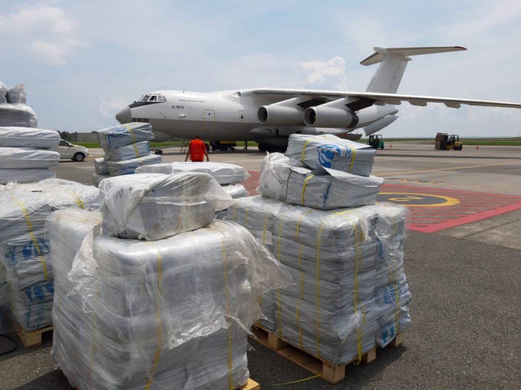 Lanud Dhomber Distribusikan 38 Ton Bantuan UNHCR