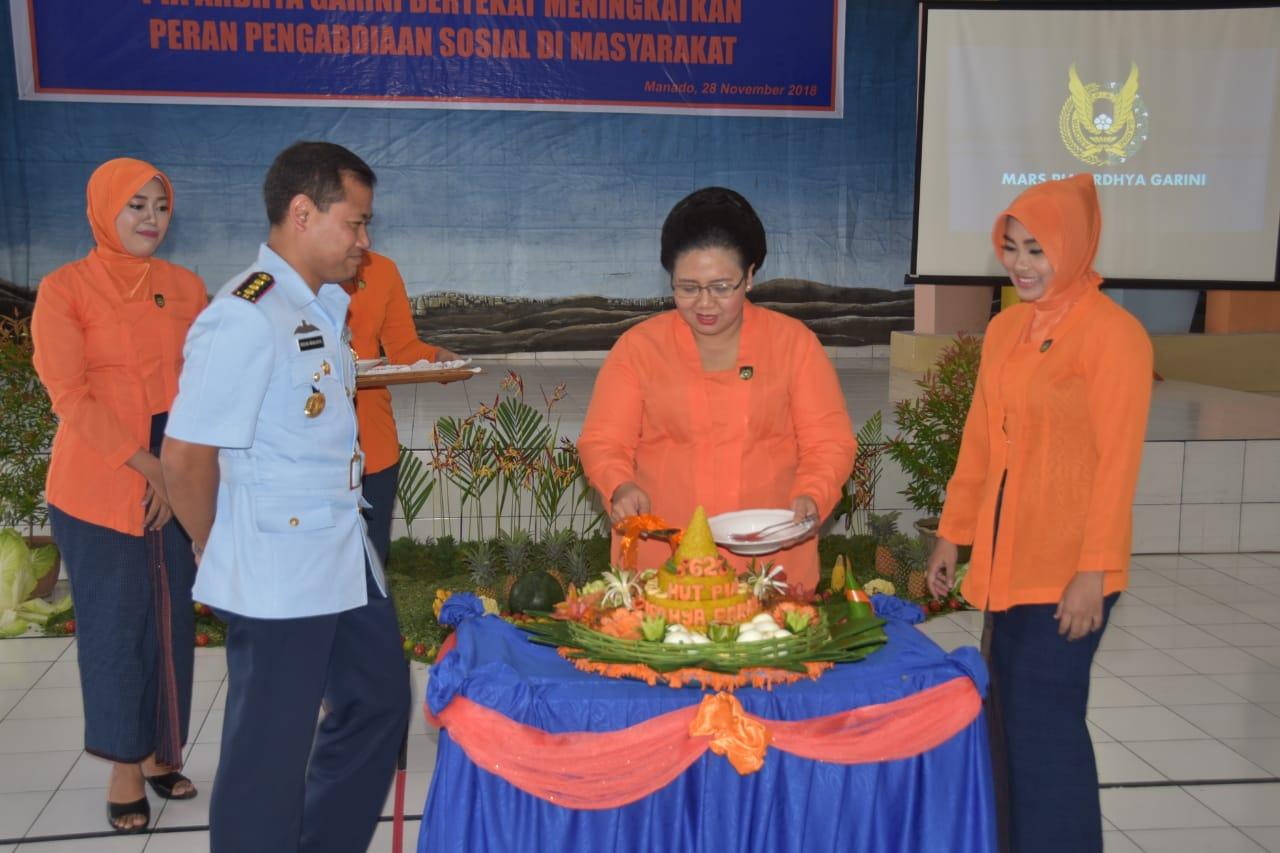 Acara Puncak HUT PIA AG Cab.10/D II Lanud Sam Ratulangi