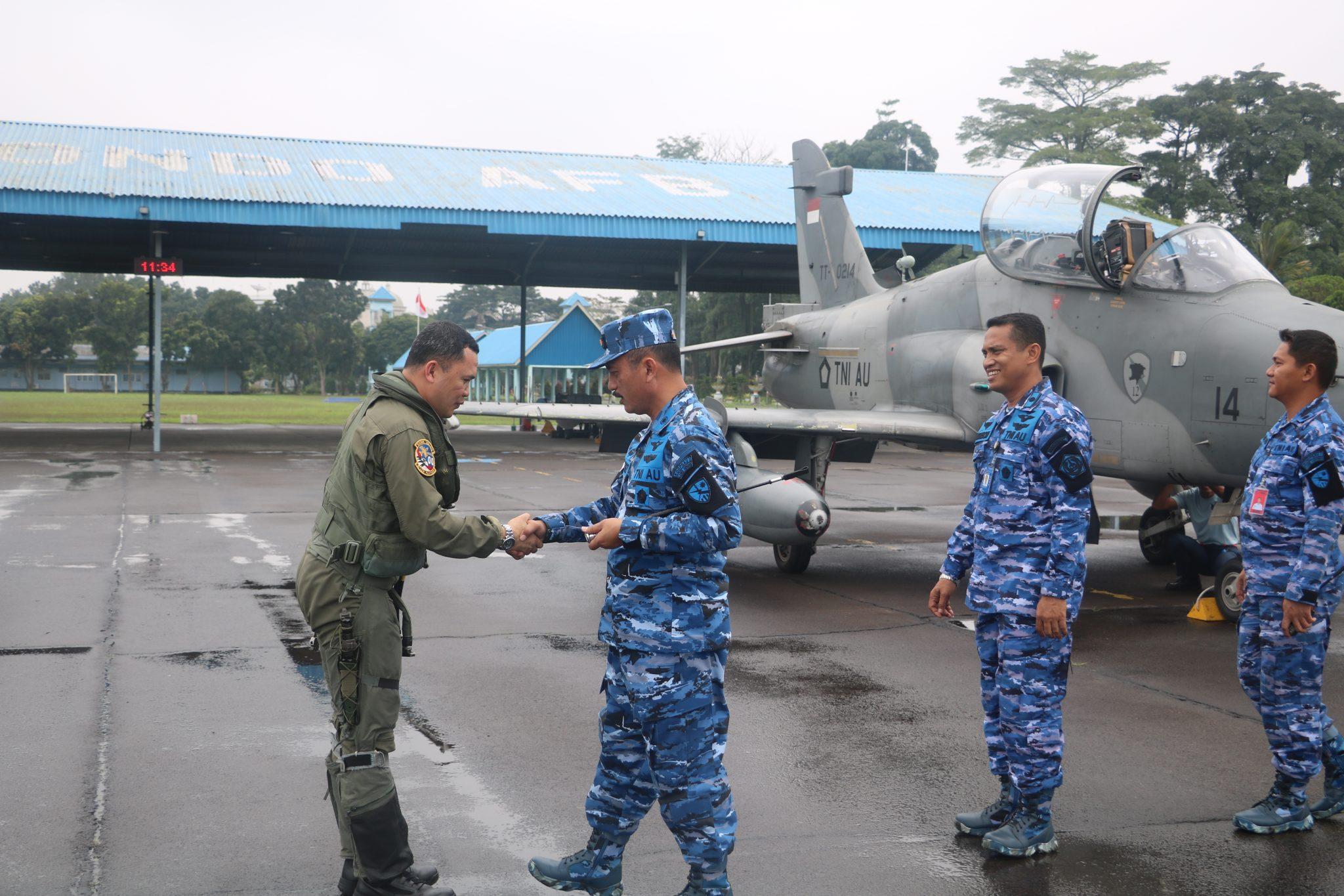 Danlanud Soewondo Sambut Kedatangan 2 Pesawat Tempur Hawk 100/200