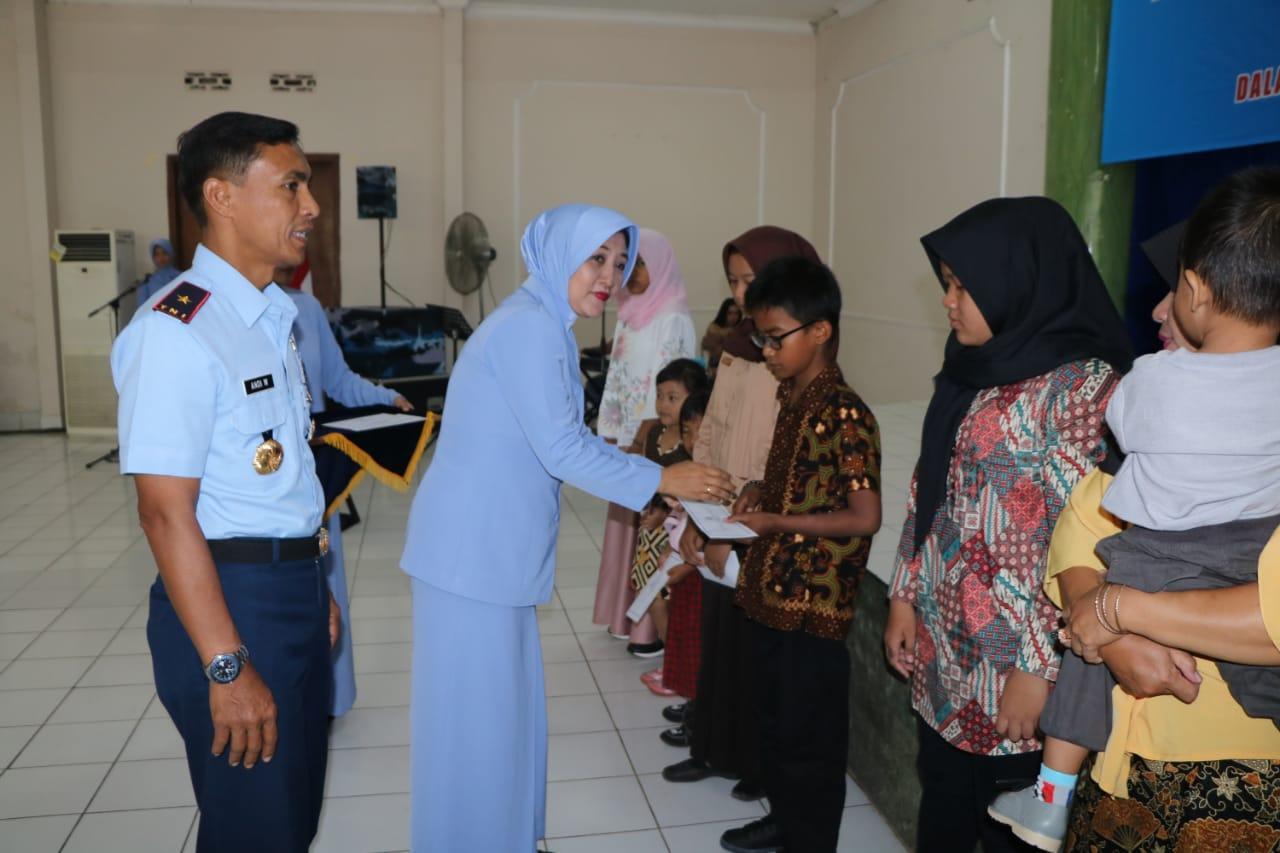 Jelang HUT PIA Ardhya Garini, PIA Lanud Abd Saleh Gelar Silaturrahmi dengan Warakawuri dan Anak Yatim