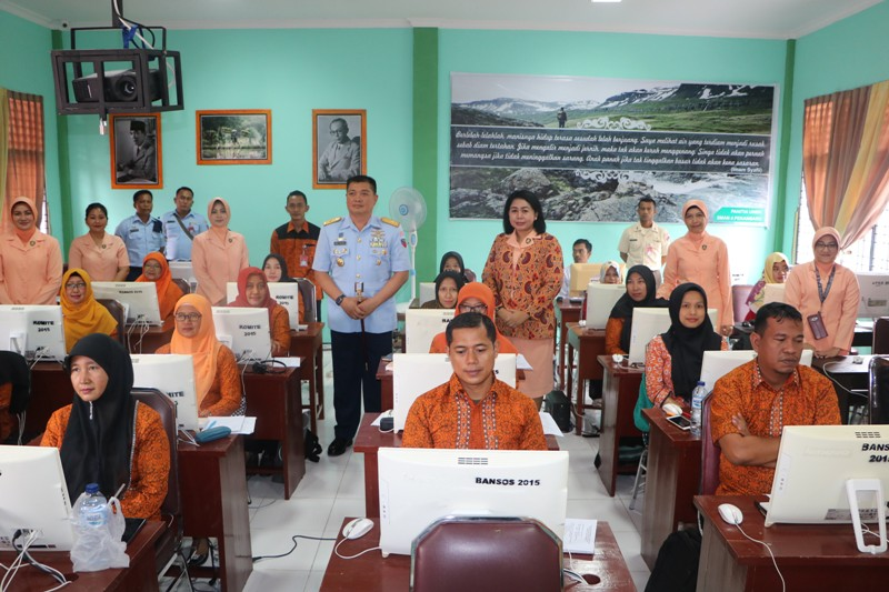 Yasarini Lanud Rsn Laksanakan Ujian Kompetensi Guru (UKG)