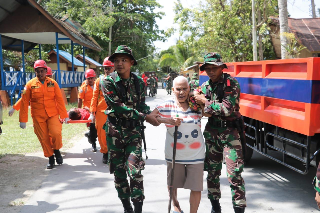 Personel Koopsau III Siap dan Tanggap Tanggulangi Bencana Alam