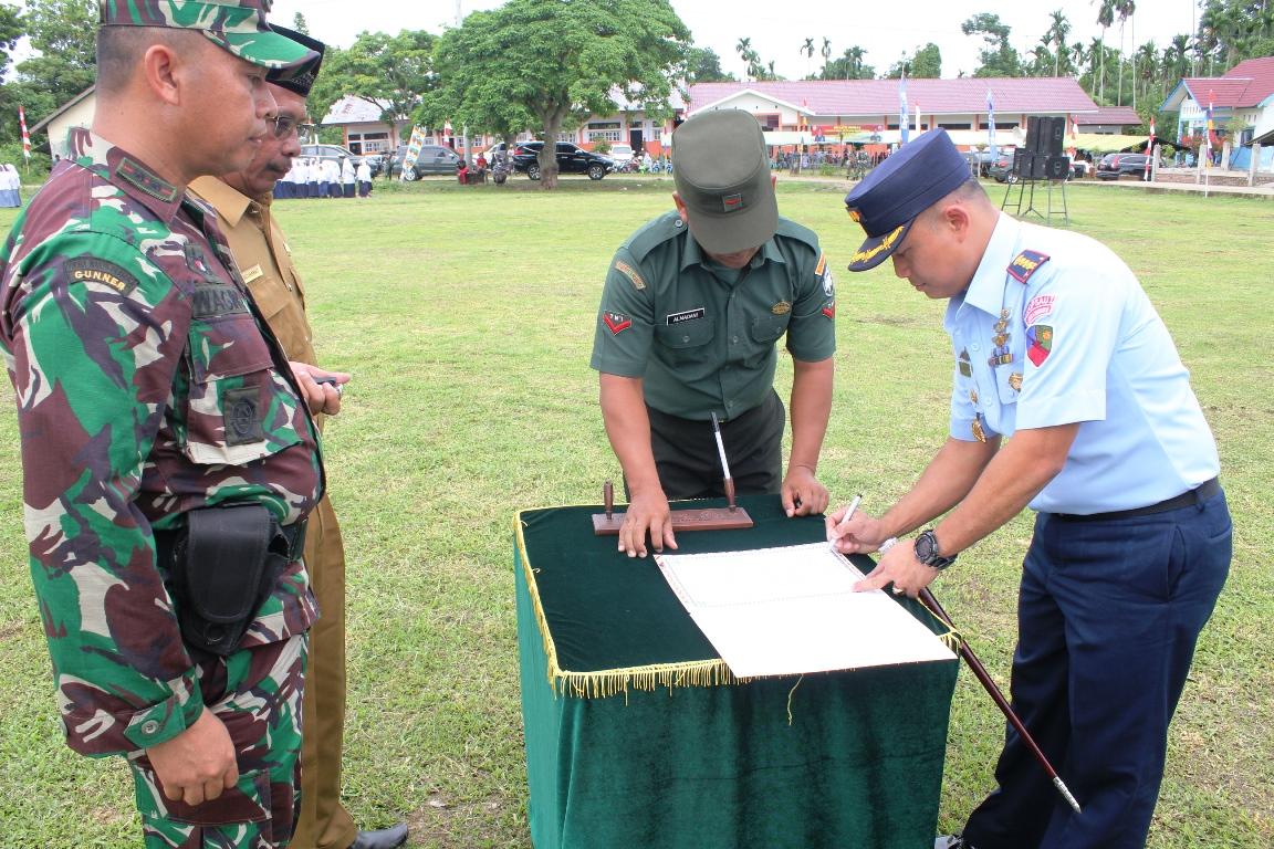 Semangat Kebersamaan Hakikat Kemanunggalan TNI Rakyat
