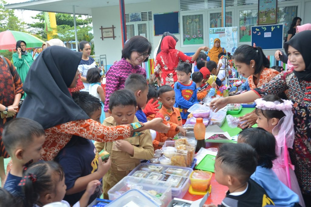 TK Angkasa Lanud Supadio Gelar Market Day