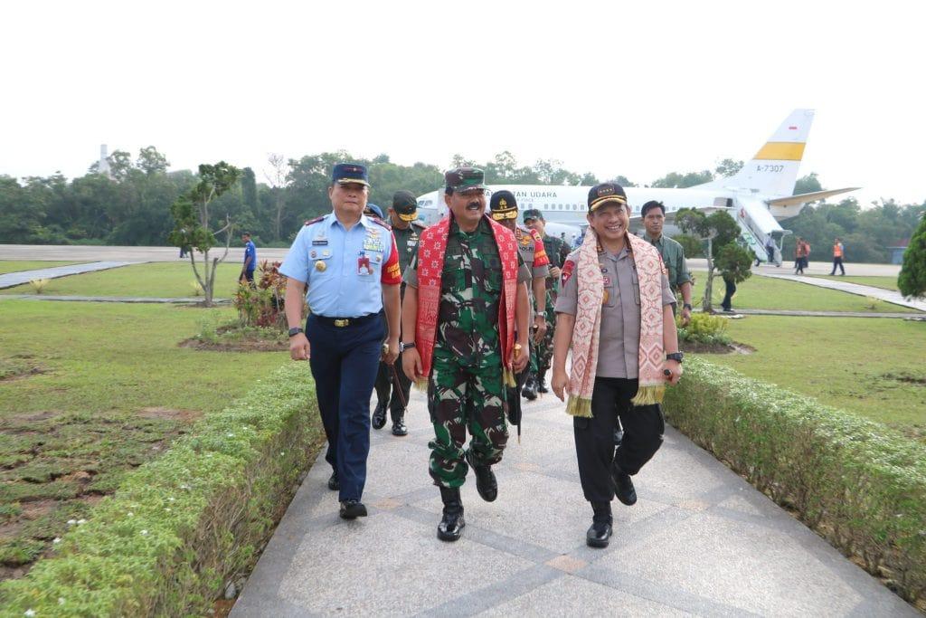 Danlanud_RSN_Sambut_Kedatangan_Panglima_TNI__5_