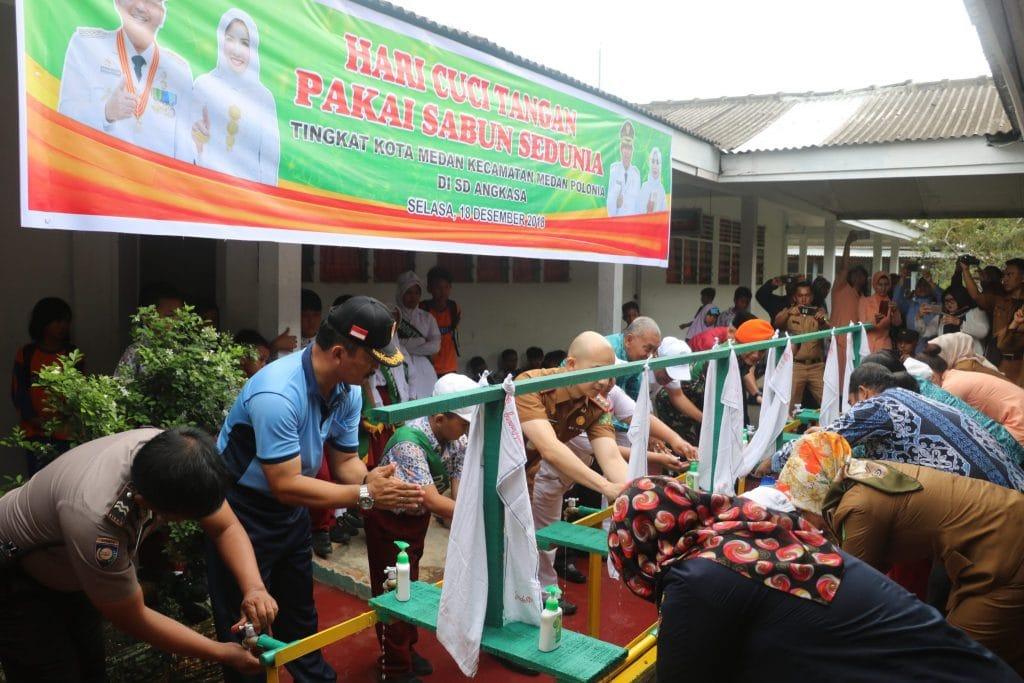 Peringati Hari Cuci Tangan Pakai Sabun Sedunia Tahun 2018 di Sekolah Angkasa Medan