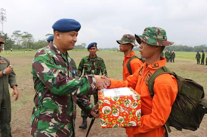 "Penutupan Latihan Survival Dasar Sekbang Terpadu A-97 dan Seknav A-13 ""Elang Prayuda Pakca 2018"""