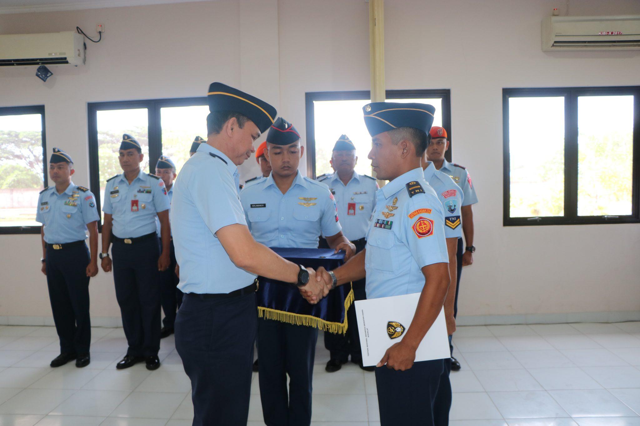 Dankodiklatau Resmi Tutup KIBI Sesa Sultan Hasanuddin A-12