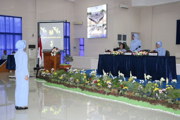 Ketua Umum PIA Ardhya Garini Berikan Pembekalan kepada istri siswa Setukpa A-21