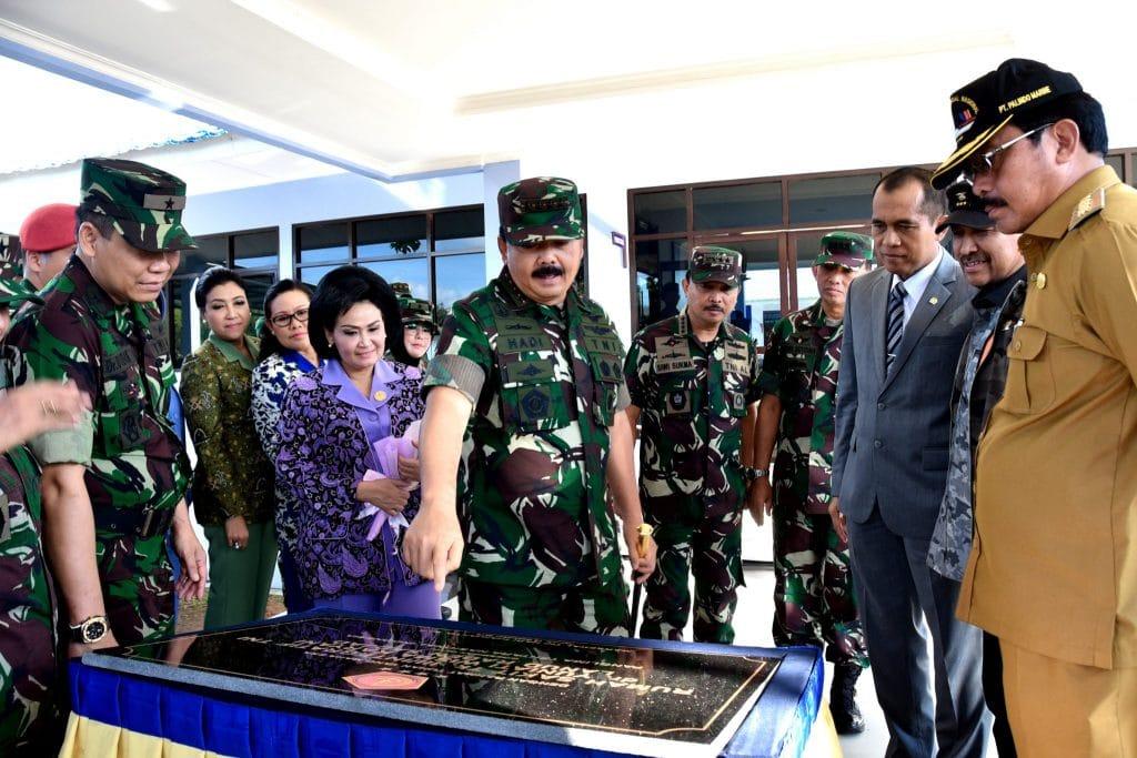 Panglima TNI Resmikan Rumkit TK.III/ Integratif TNI dan Satuan TNI Terintegrasi di Natuna