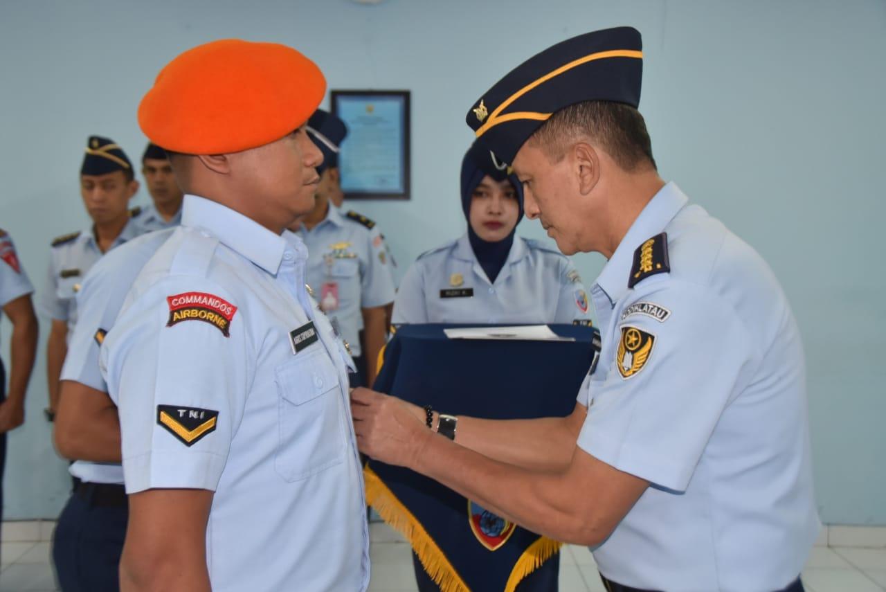 Sesa Lanud Hsn Tutup Pendidikan Kursus Intensif Bahasa Inggris (KIBI) Angkatan Udara Ke-57